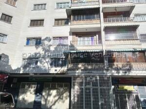 Apartamento En Ventaen Caracas, Sabana Grande, Venezuela, VE RAH: 21-25842
