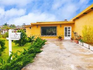 Casa En Ventaen San Antonio De Los Altos, Los Salias, Venezuela, VE RAH: 21-26026