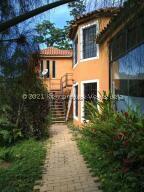 Casa En Ventaen Caracas, Caicaguana, Venezuela, VE RAH: 21-25853