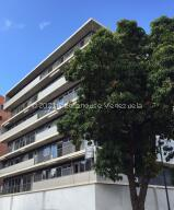 Apartamento En Alquileren Caracas, Campo Alegre, Venezuela, VE RAH: 21-25888