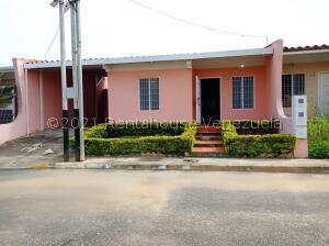 Casa En Ventaen Cabudare, La Piedad Norte, Venezuela, VE RAH: 21-25895