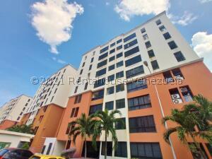 Apartamento En Ventaen Maracay, Bosque Alto, Venezuela, VE RAH: 21-25903