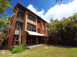 Townhouse En Alquileren Caracas, Monterrey, Venezuela, VE RAH: 21-25908