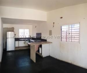 Casa En Ventaen Coro, Intercomunal Coro La Vela, Venezuela, VE RAH: 21-21383