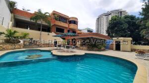 Casa En Ventaen Valencia, El Bosque, Venezuela, VE RAH: 21-25912