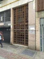 Apartamento En Ventaen Caracas, Parroquia Santa Rosalia, Venezuela, VE RAH: 21-25914