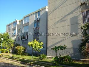 Apartamento En Ventaen Higuerote, Agua Sal, Venezuela, VE RAH: 21-25991