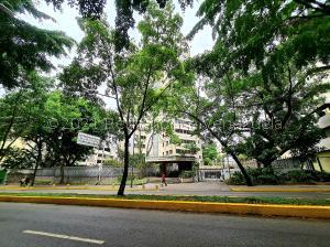 Apartamento En Ventaen Caracas, Altamira, Venezuela, VE RAH: 21-25928