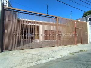Local Comercial En Ventaen Barquisimeto, Centro, Venezuela, VE RAH: 21-25955