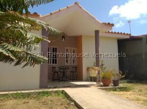 Casa En Ventaen Punto Fijo, Guanadito, Venezuela, VE RAH: 21-25964