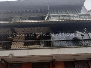 Apartamento En Ventaen Caracas, Catia, Venezuela, VE RAH: 21-26841