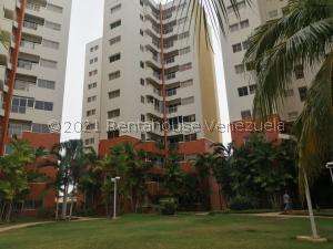 Apartamento En Ventaen Maracaibo, Avenida El Milagro, Venezuela, VE RAH: 21-25985