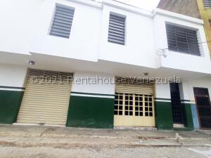 Local Comercial En Alquileren Turmero, Zona Centro, Venezuela, VE RAH: 21-26029