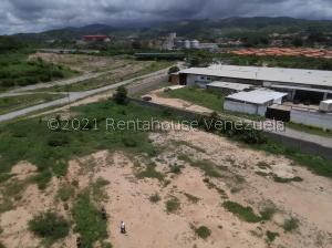 Galpon - Deposito En Ventaen Cabudare, La Piedad Norte, Venezuela, VE RAH: 21-26247