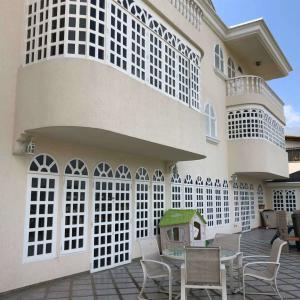 Casa En Ventaen Caracas, Colinas Del Tamanaco, Venezuela, VE RAH: 21-26069