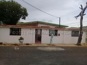 Casa En Ventaen Maracaibo, Las Lomas, Venezuela, VE RAH: 21-26091
