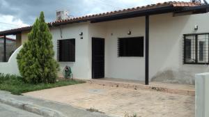 Casa En Ventaen Cabudare, Parroquia José Gregorio, Venezuela, VE RAH: 21-26859