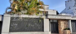 Casa En Ventaen Caracas, Lomas De Prados Del Este, Venezuela, VE RAH: 21-26303
