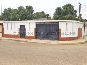 Casa En Ventaen Maracaibo, La Limpia, Venezuela, VE RAH: 21-26128