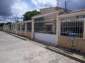 Casa En Ventaen Ciudad Ojeda, Carretera O, Venezuela, VE RAH: 21-26386