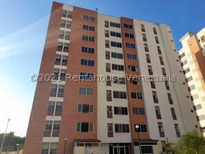 Apartamento En Ventaen Municipio Naguanagua, El Rincon, Venezuela, VE RAH: 21-26150