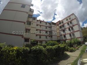 Apartamento En Ventaen Caracas, Caricuao, Venezuela, VE RAH: 21-26168