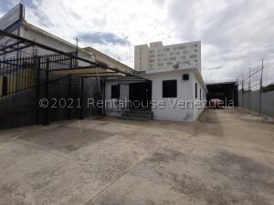Galpon - Deposito En Ventaen Maracaibo, Las Delicias, Venezuela, VE RAH: 21-26166
