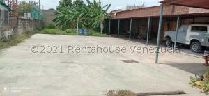 Terreno En Ventaen Ciudad Ojeda, Barrio Libertad, Venezuela, VE RAH: 21-26187