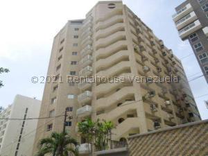 Apartamento En Ventaen Parroquia Caraballeda, Caribe, Venezuela, VE RAH: 21-26660