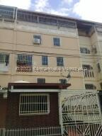 Apartamento En Ventaen Guarenas, Sector Industrial Cloris, Venezuela, VE RAH: 21-26310