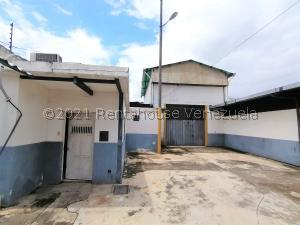 Local Comercial En Ventaen Yaritagua, Municipio Peña, Venezuela, VE RAH: 21-26219