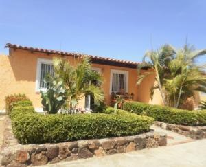 Casa En Ventaen Margarita, Avenida Juan Bautista Arismendi, Venezuela, VE RAH: 21-26225