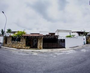 Casa En Ventaen Caracas, Colinas Del Tamanaco, Venezuela, VE RAH: 21-26229