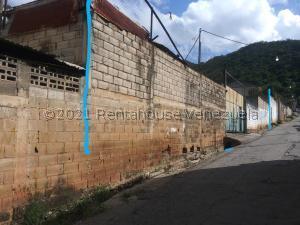 Galpon - Deposito En Ventaen Tejerias, Zona Industrial, Venezuela, VE RAH: 21-26252