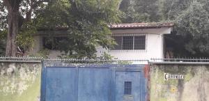 Terreno En Ventaen Caracas, Los Campitos, Venezuela, VE RAH: 22-8686