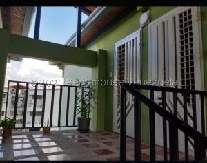 Apartamento En Ventaen Municipio San Diego, Morro Ii, Venezuela, VE RAH: 21-26701
