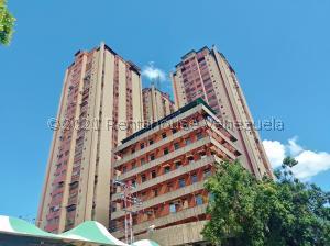 Apartamento En Ventaen Maracay, Zona Centro, Venezuela, VE RAH: 21-26278