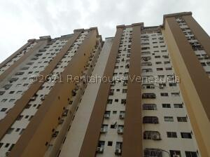 Apartamento En Alquileren Valencia, Prebo I, Venezuela, VE RAH: 21-26286