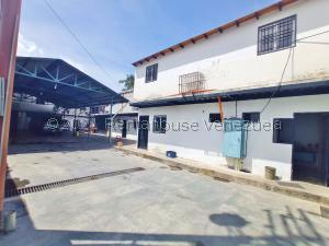 Galpon - Deposito En Ventaen Maracay, El Limon, Venezuela, VE RAH: 21-26284