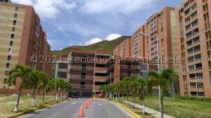 Apartamento En Ventaen Caracas, El Encantado, Venezuela, VE RAH: 21-26314