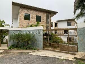 Apartamento En Ventaen Caracas, La Lagunita Country Club, Venezuela, VE RAH: 21-26364