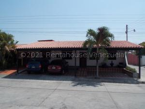 Casa En Ventaen Yaritagua, Municipio Peña, Venezuela, VE RAH: 21-26332