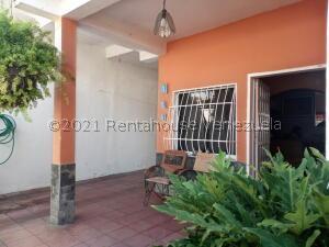 Casa En Ventaen Maracay, Los Olivos Nuevos, Venezuela, VE RAH: 21-26736