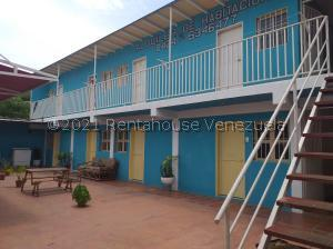 Casa En Ventaen Coro, Sector Bobare, Venezuela, VE RAH: 21-26351