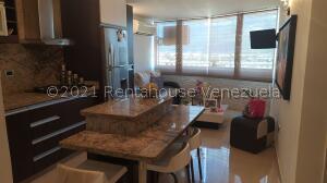 Apartamento En Ventaen Guatire, La Sabana, Venezuela, VE RAH: 21-26398