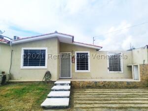 Casa En Ventaen Barquisimeto, Terrazas De La Ensenada, Venezuela, VE RAH: 21-26541