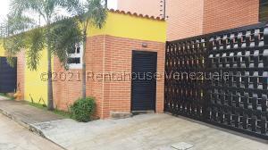 Casa En Ventaen Municipio Naguanagua, Manantial, Venezuela, VE RAH: 21-148