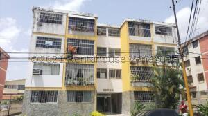 Apartamento En Ventaen Valencia, La Alegria, Venezuela, VE RAH: 21-26459