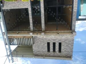 Casa En Ventaen Municipio Los Guayos, Buenaventura, Venezuela, VE RAH: 21-7997