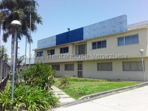 Galpon - Deposito En Ventaen Turmero, Santiago Mariño, Venezuela, VE RAH: 21-26974